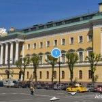 Дом Лобанова-Ростовского. Фасад по